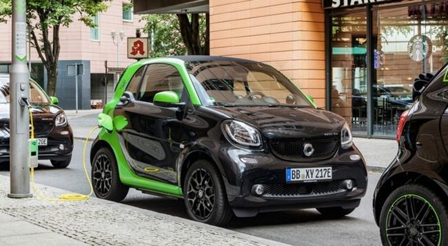 Все модели автомобилей Smart с 2017 года будут доступны в версиях с электродвигателем