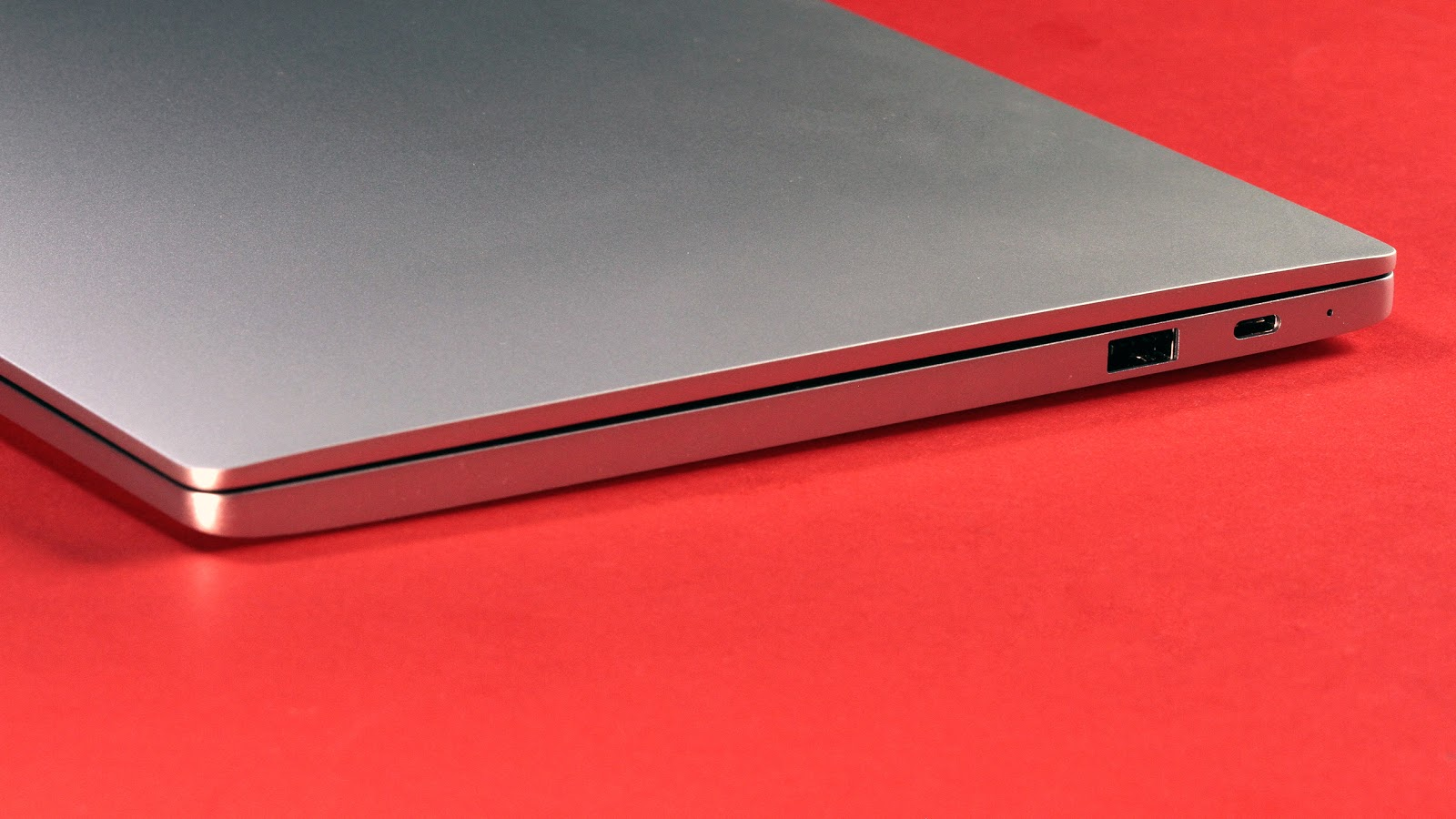 Xiaomi Mi Notebook Air 12.5 — почти макбук, но… - 3