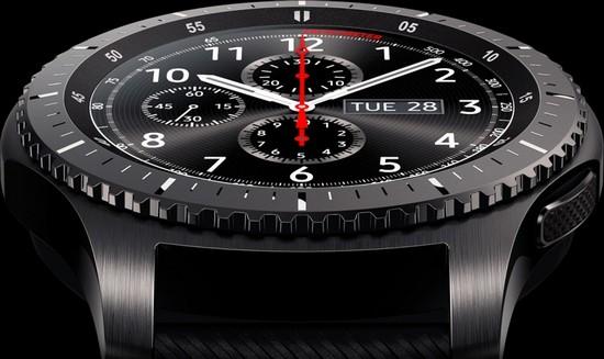 Samsung планирует продать 5 млн умных часов Gear S3