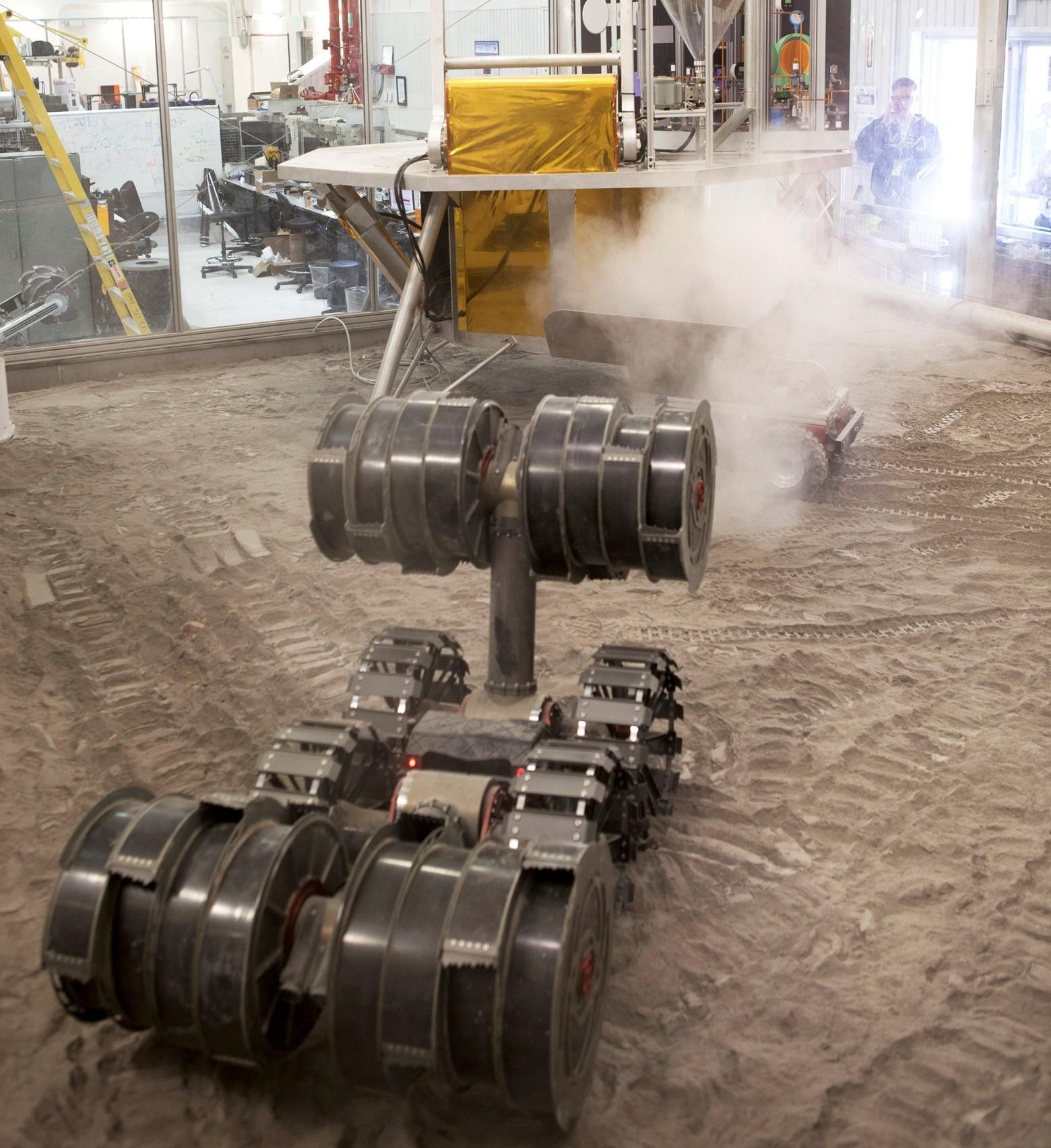 НАСА испытало роторный экскаватор для Марса - 1
