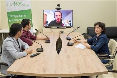 Оборудование видеоконференцсвязи для переговорной комнаты на реальных примерах - 1