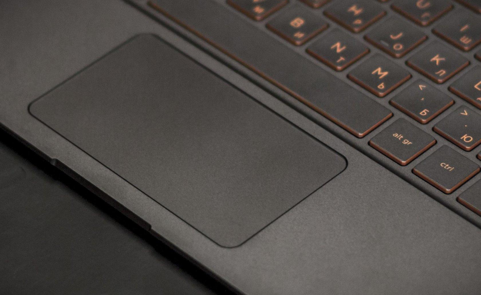 Технологии и дизайн в одном устройстве. Ноутбук HP Spectre 13 - 19