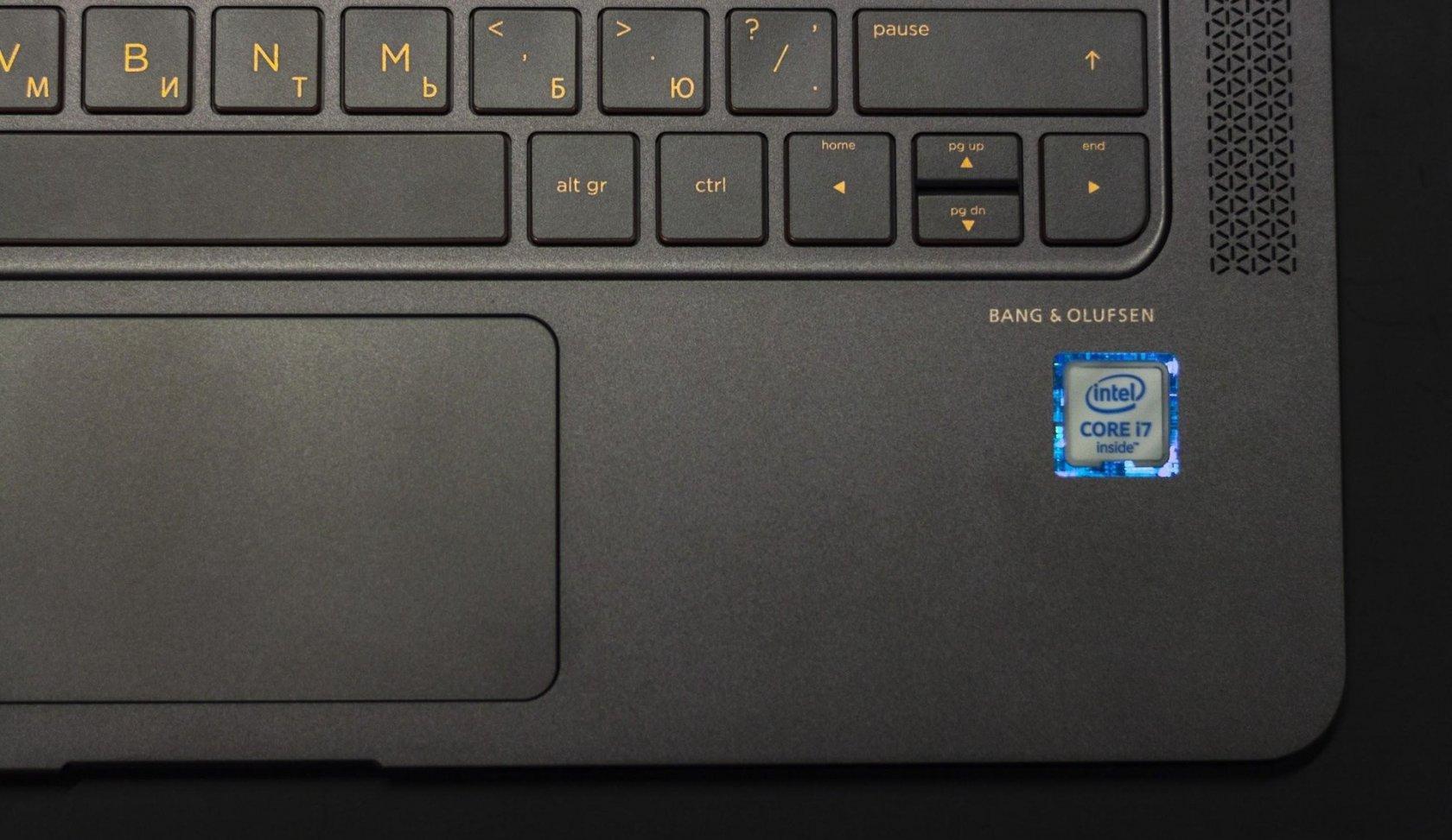 Технологии и дизайн в одном устройстве. Ноутбук HP Spectre 13 - 22