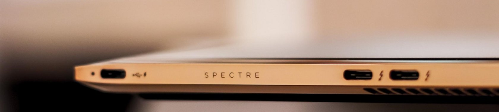 Технологии и дизайн в одном устройстве. Ноутбук HP Spectre 13 - 31