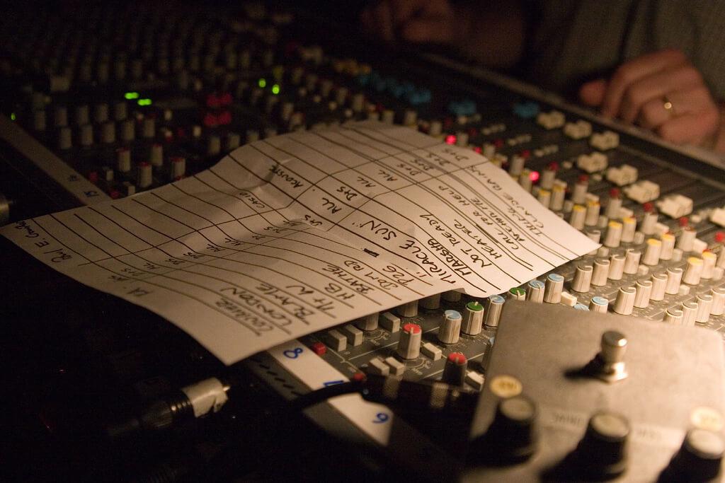 Как и зачем музыкальные сервисы формируют плейлисты - 2