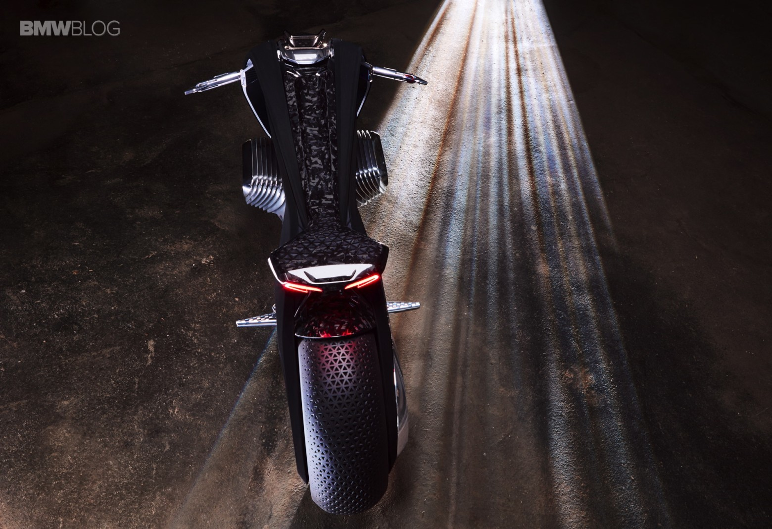 Концепт гибкого мотоцикла BMW Motorrad VISION NEXT 100 - 4