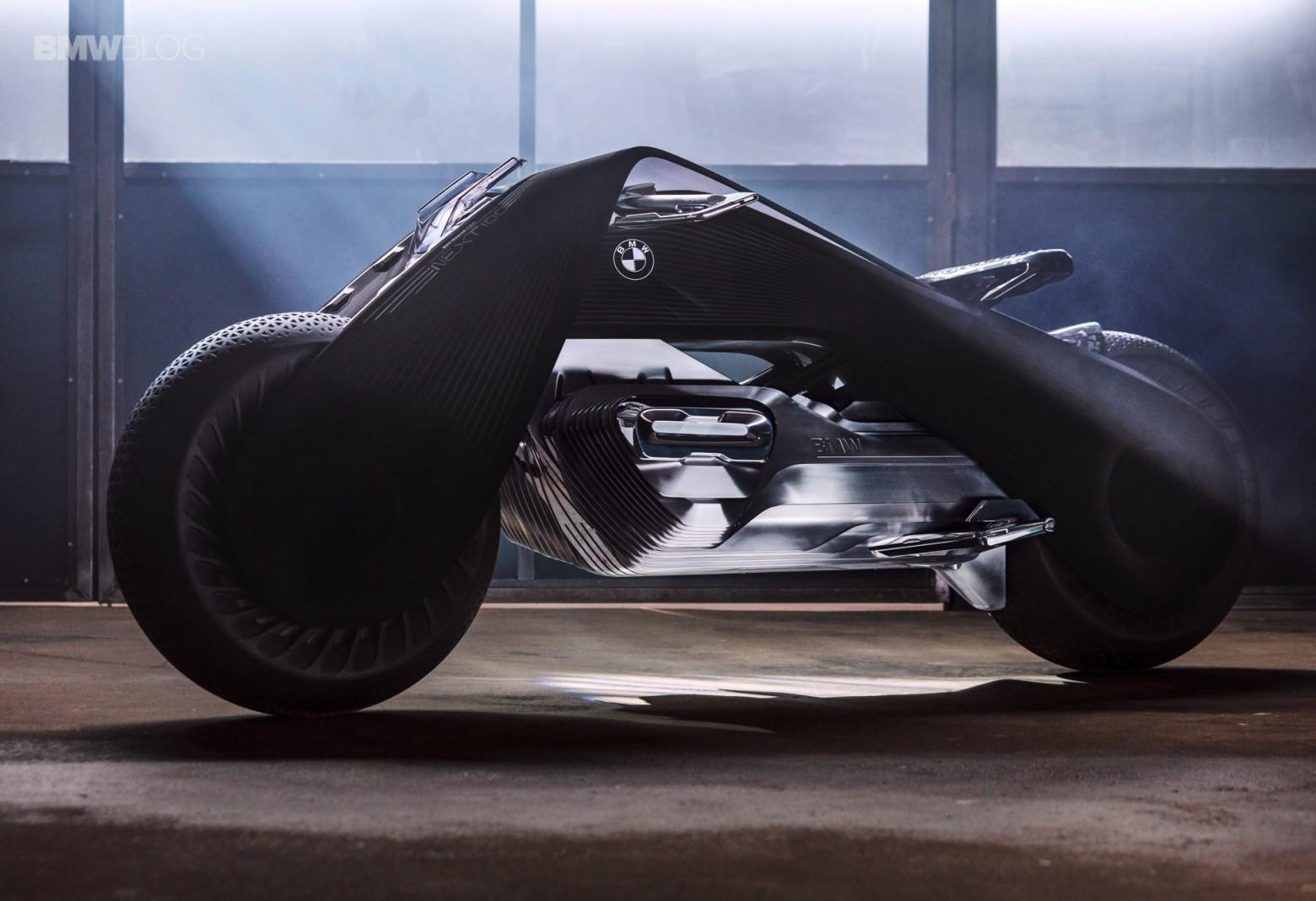 Концепт гибкого мотоцикла BMW Motorrad VISION NEXT 100 - 1