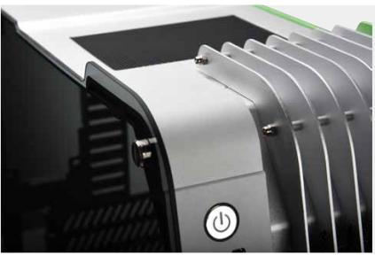 Корпус Enermax Steelwing рассчитан на компактные ПК