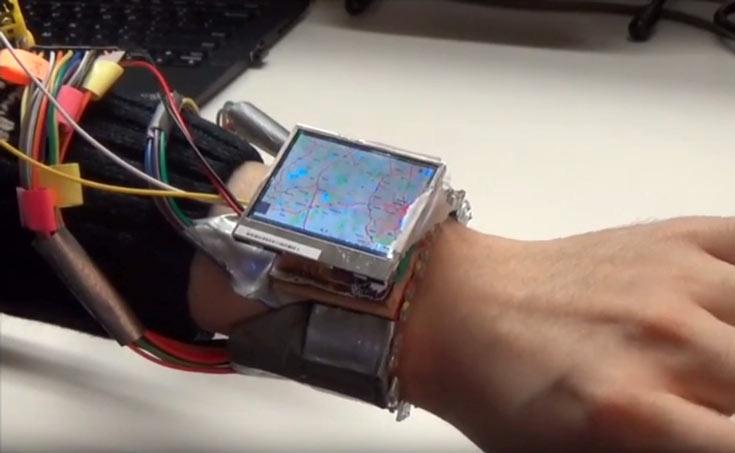 По словам создателей WristWhirl, прототип распознает жесты с довольно высокой точностью