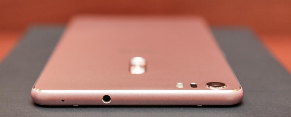 Гигант в руке: обзор смартфона ASUS ZenFone 3 Ultra - 16