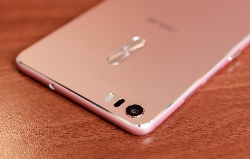 Гигант в руке: обзор смартфона ASUS ZenFone 3 Ultra - 20