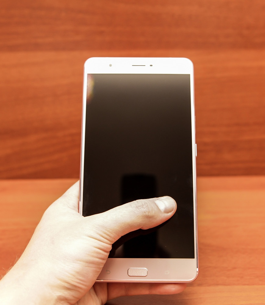 Гигант в руке: обзор смартфона ASUS ZenFone 3 Ultra - 26