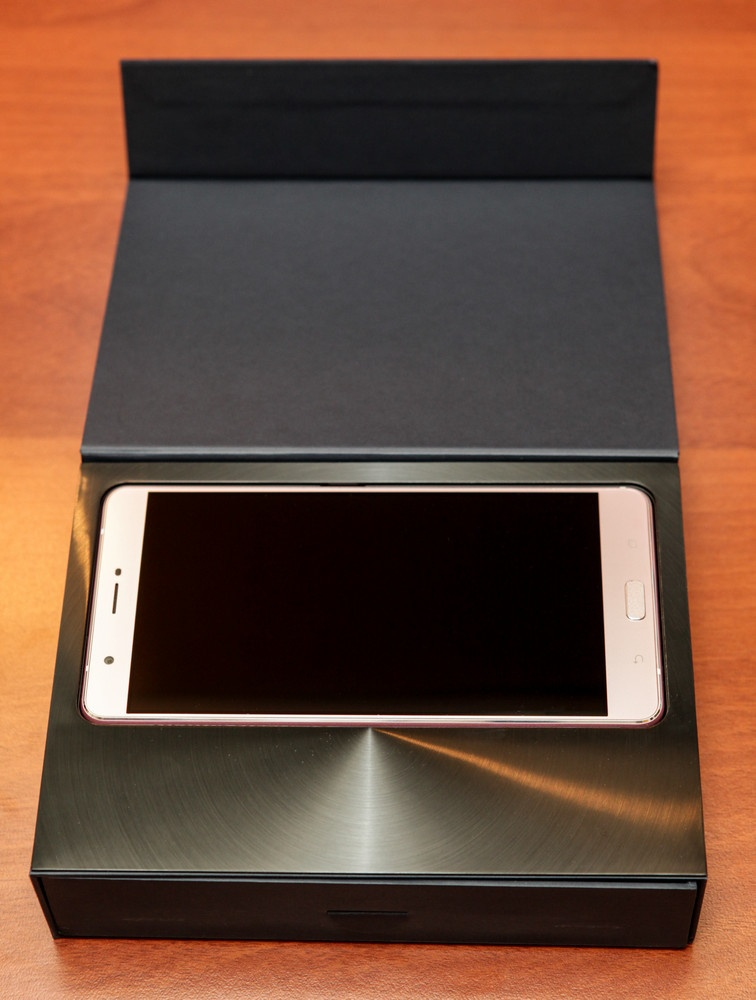 Гигант в руке: обзор смартфона ASUS ZenFone 3 Ultra - 7