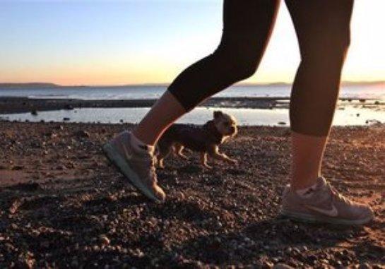 Больным диабетом предлагают прогуливаться после еды
