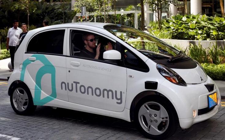 Беспилотное такси в Сингапуре попало в небольшое ДТП