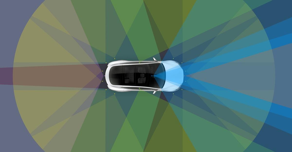 Tesla Motors презентовала новый улучшенный автопилот - 1