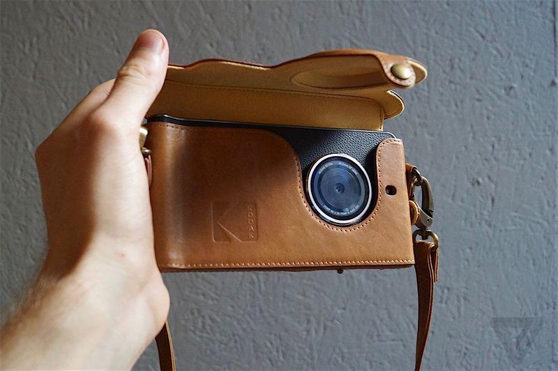Компания Kodak представила публике собственный камерафон EKTRA - 6