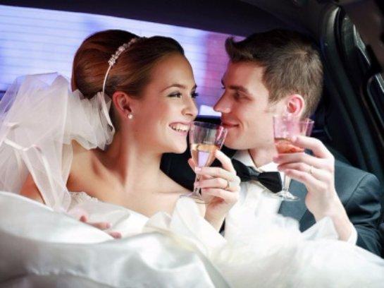 Ученые раскрыли причины, по которым женщины выходят замуж