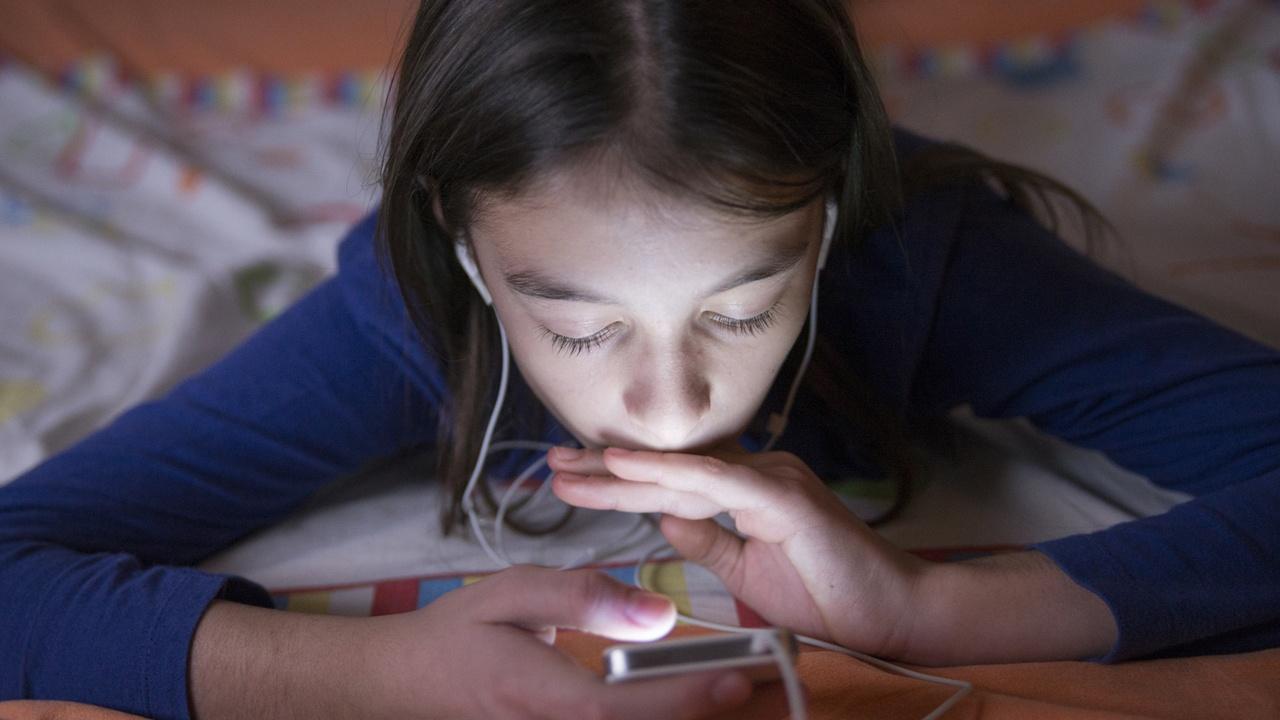 Американские педиатры стали более терпимыми к электронным устройствам в руках детей - 2