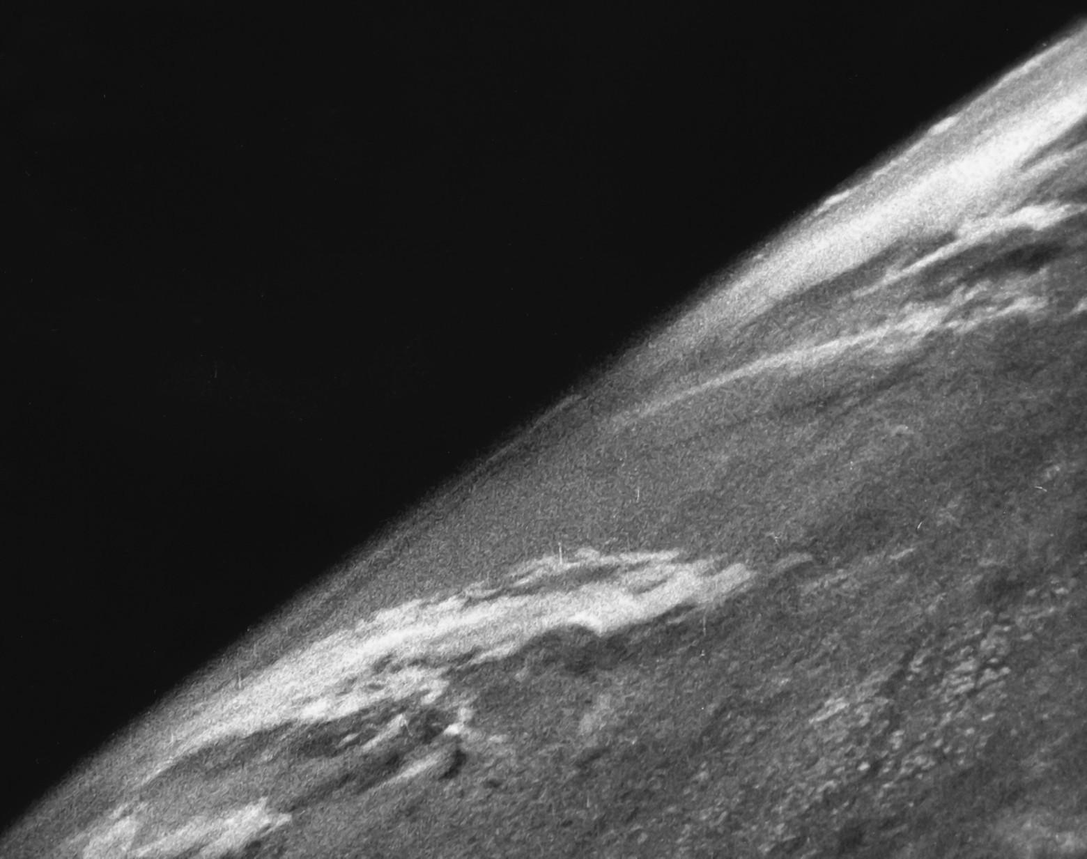 70 лет первой фотографии Земли из космоса - 1