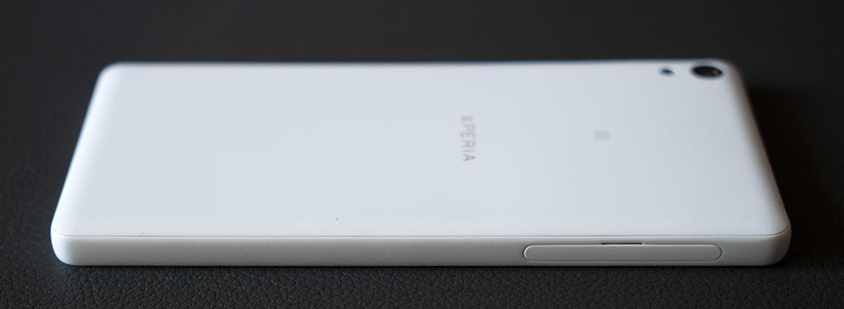 Обзор смартфона Sony Xperia E5. Симпатичный и недорогой - 3