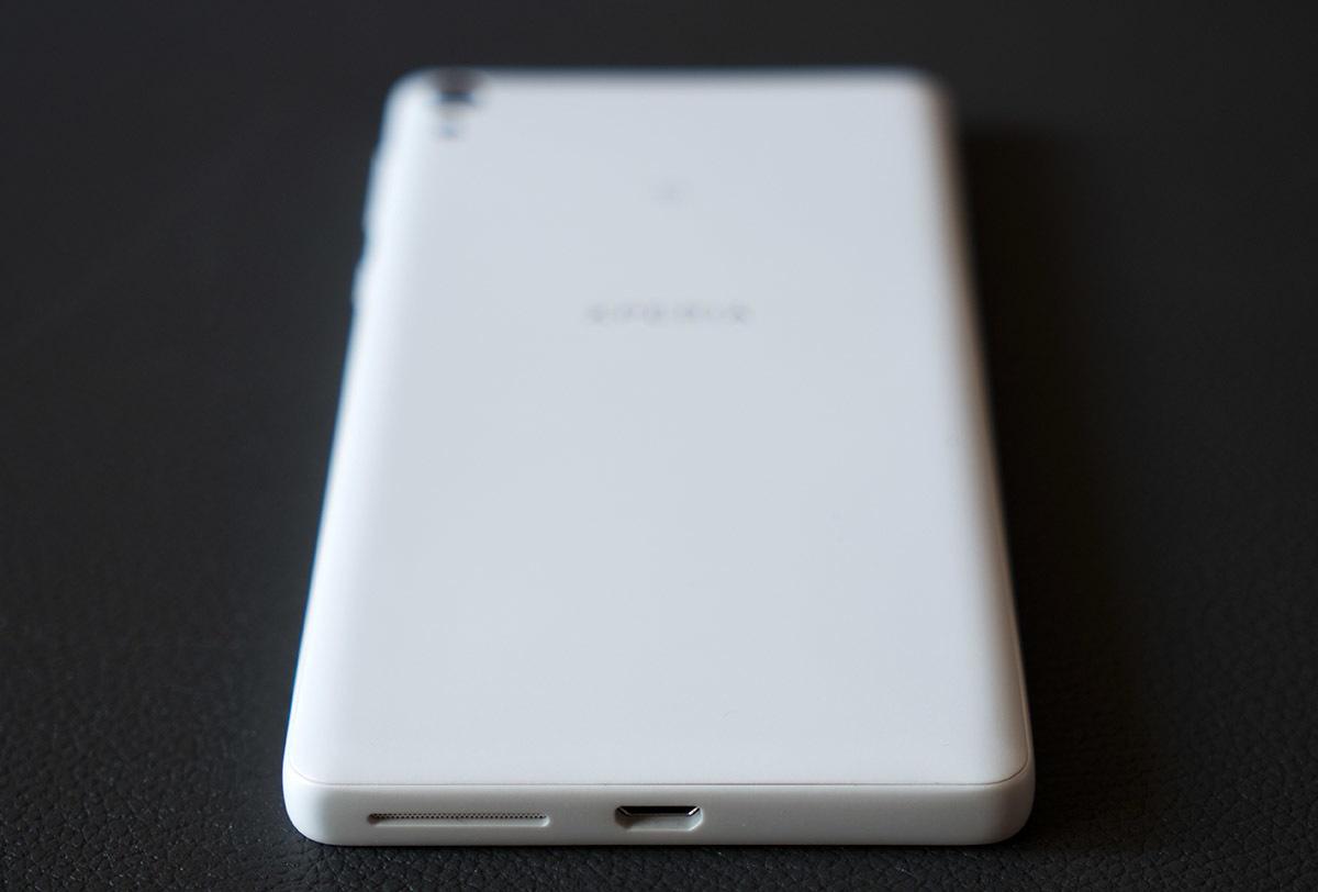 Обзор смартфона Sony Xperia E5. Симпатичный и недорогой - 6