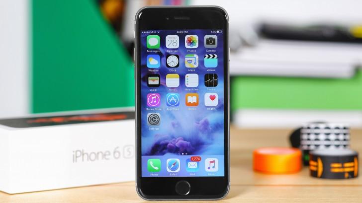 Вслед за смартфонами южнокорейских и китайских производителей смартфоны Apple тоже получат экраны OLED