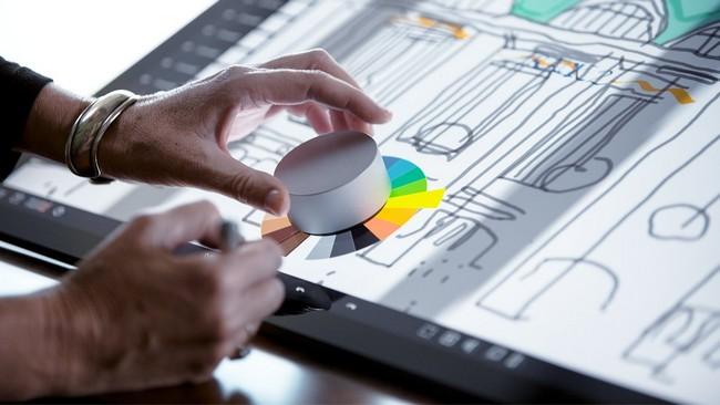 Microsoft назвала приложения, которые будут поддерживать контроллер Surface Dial
