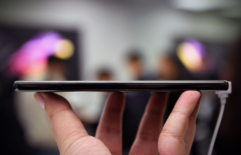 Xiaomi Mi Mix и Mi VR — безрамочная виртуальная реальность - 12