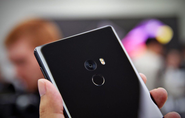 Xiaomi Mi Mix и Mi VR — безрамочная виртуальная реальность - 6
