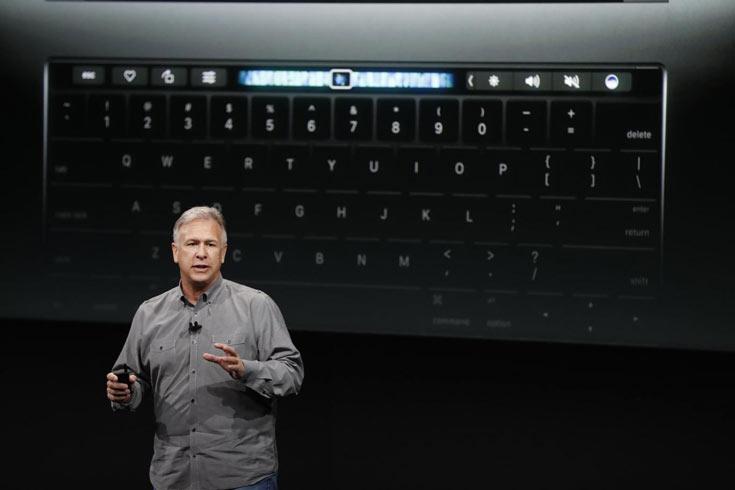 В Apple считают, что внешний картридер лучше, чем торчащая из слота карточка