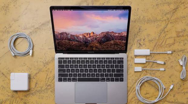 Apple прислушалась к критике в адрес новых ноутбуков MacBook Pro, снизив цены на адаптеры с разъемами USB-C