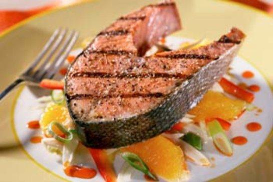 Ученые заявили, что рыба плохо влияет на иммунитет человека