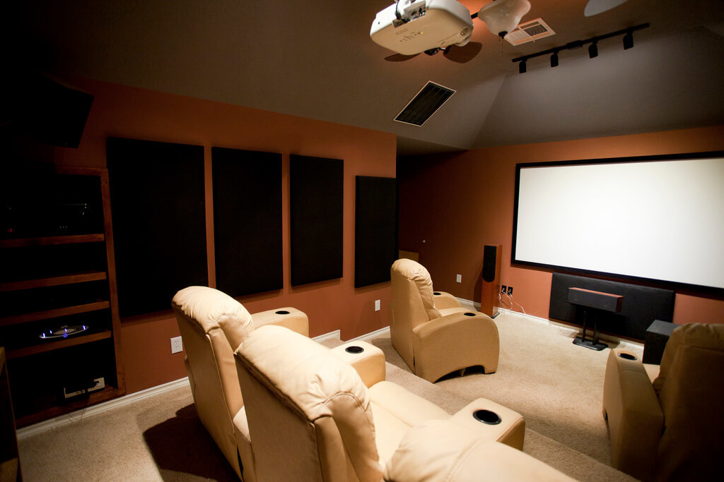 Аудиодайджест #12: Как построить домашний кинотеатр, и что можно узнать о производстве акустики - 1