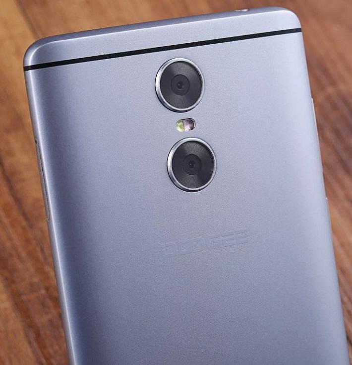 Doogee говорит о нескольких моделях смартфонов с двойными камерами