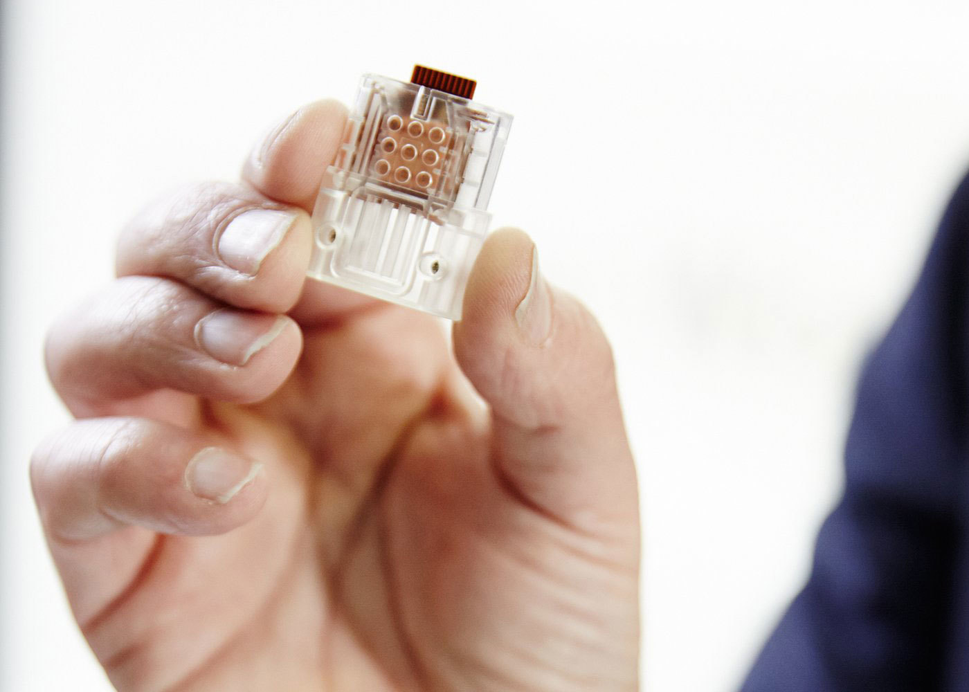 Устройство размером с флешку может выявить ВИЧ всего за полчаса - 1