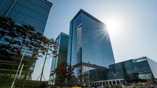 Samsung Electronics уволила 3183 сотрудника за последний год