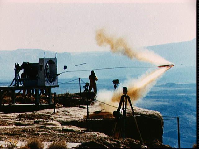 На тросе за ракетой или безумная система спасения - 1