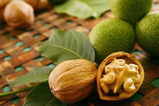Ученые выяснили, зачем мужчинам нужно есть орехи