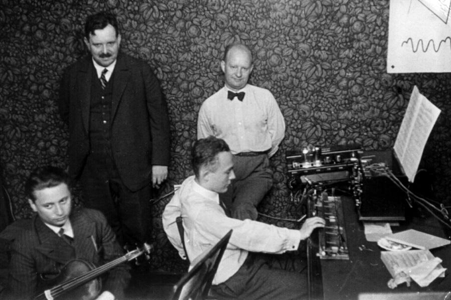 Тернистый путь эволюции синтезаторов: забытая история революционных изобретений - 30