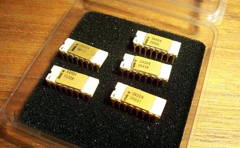 Микросхеме Intel 4004 исполнилось 45 лет. Немного истории ИТ - 1