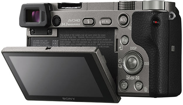 Беззеркальная камера Sony α6000 формата APS-C была представлена в феврале 2014 года