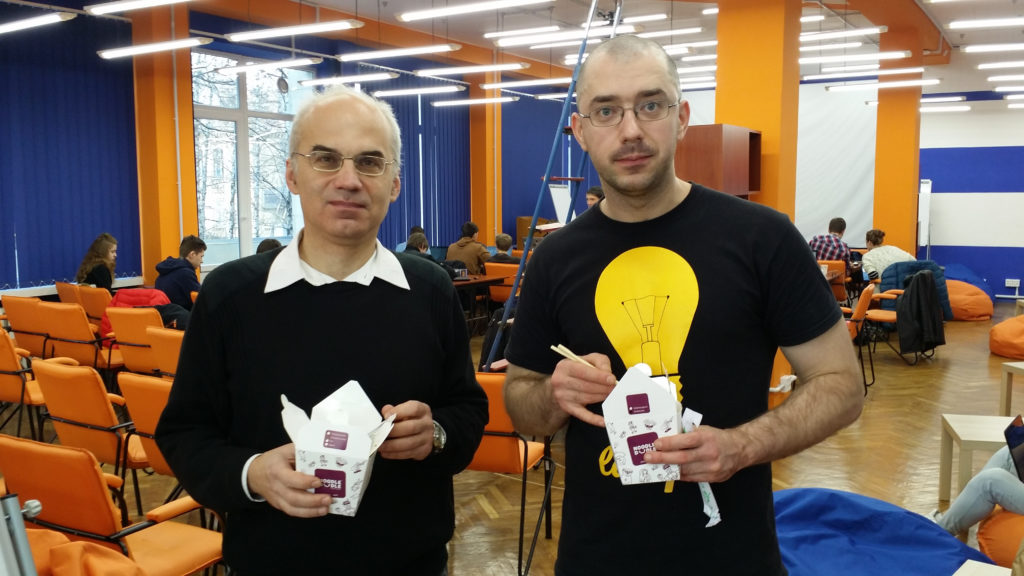 Хакатон нового типа испробован в Киеве, планируется повторить этот опыт в России - 13