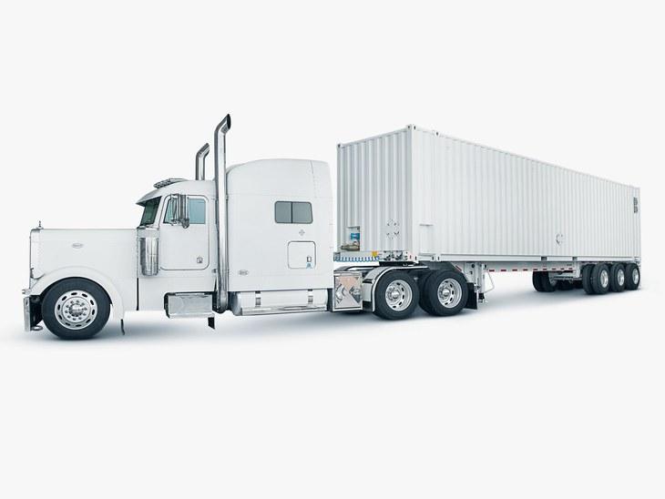 Тягач с полуприцепом AWS Snowmobile для перевозки данных вмещает до 100 ПБ