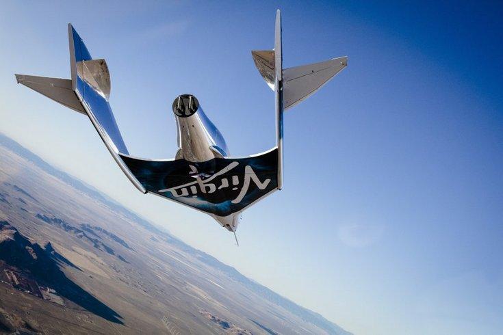 Корабль SpaceShipTwo успешно приземлился после 10 минут полёта