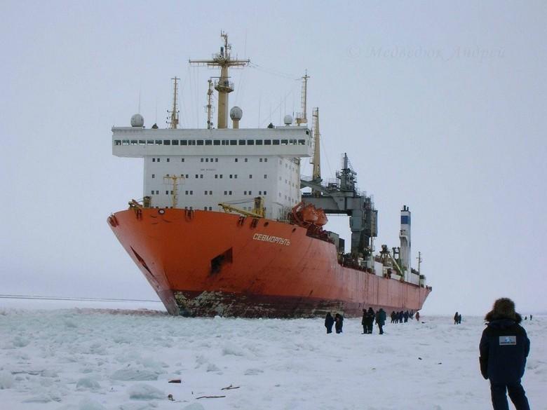 Мирный атом взламывает льды: наш атомный ледокольный флот - 60