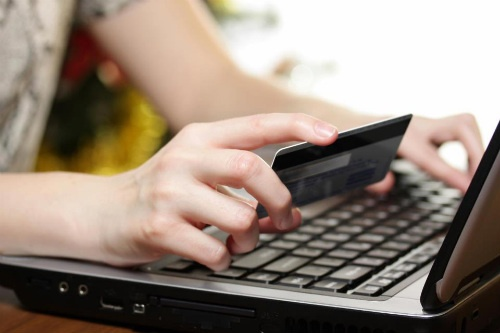 Беспошлинный лимит для интернет-покупок снизят с 1000 до 200 евро к 2019 году