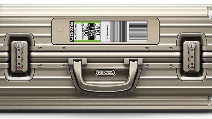 Немецкая багажная компания Rimowa и авиакомпания Lufthansa внедрили технологию «умного багажа» с электрофоретическими ярлыками