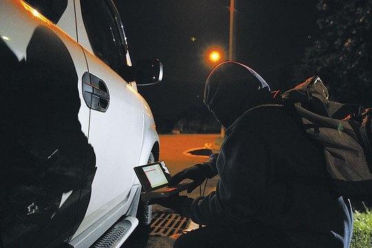 Угонщики автомобилей начали применять инструмент, которым пользуются производители для тестирования сетевой безопасности