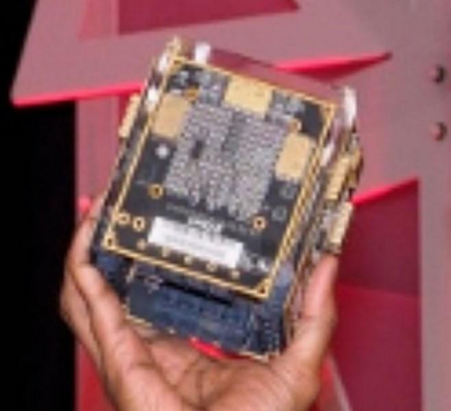 AMD Vega Cube имеет производительность 100 TFLOPS